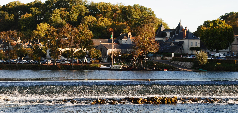 Vue du bourg de la rive droite